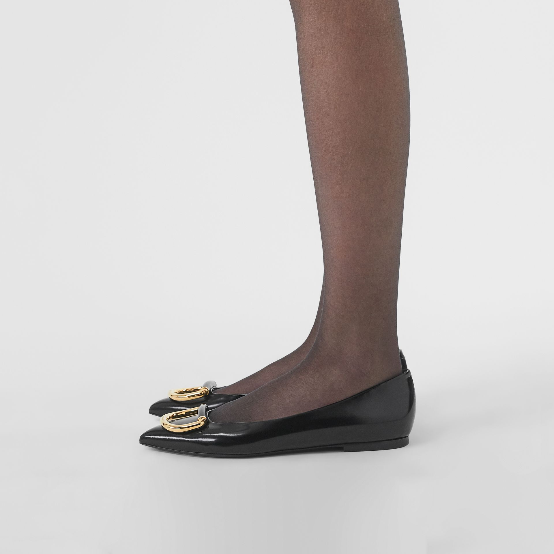 The Leather D-ring Flat in Black/gold - Women | Burberry - gallery image 2