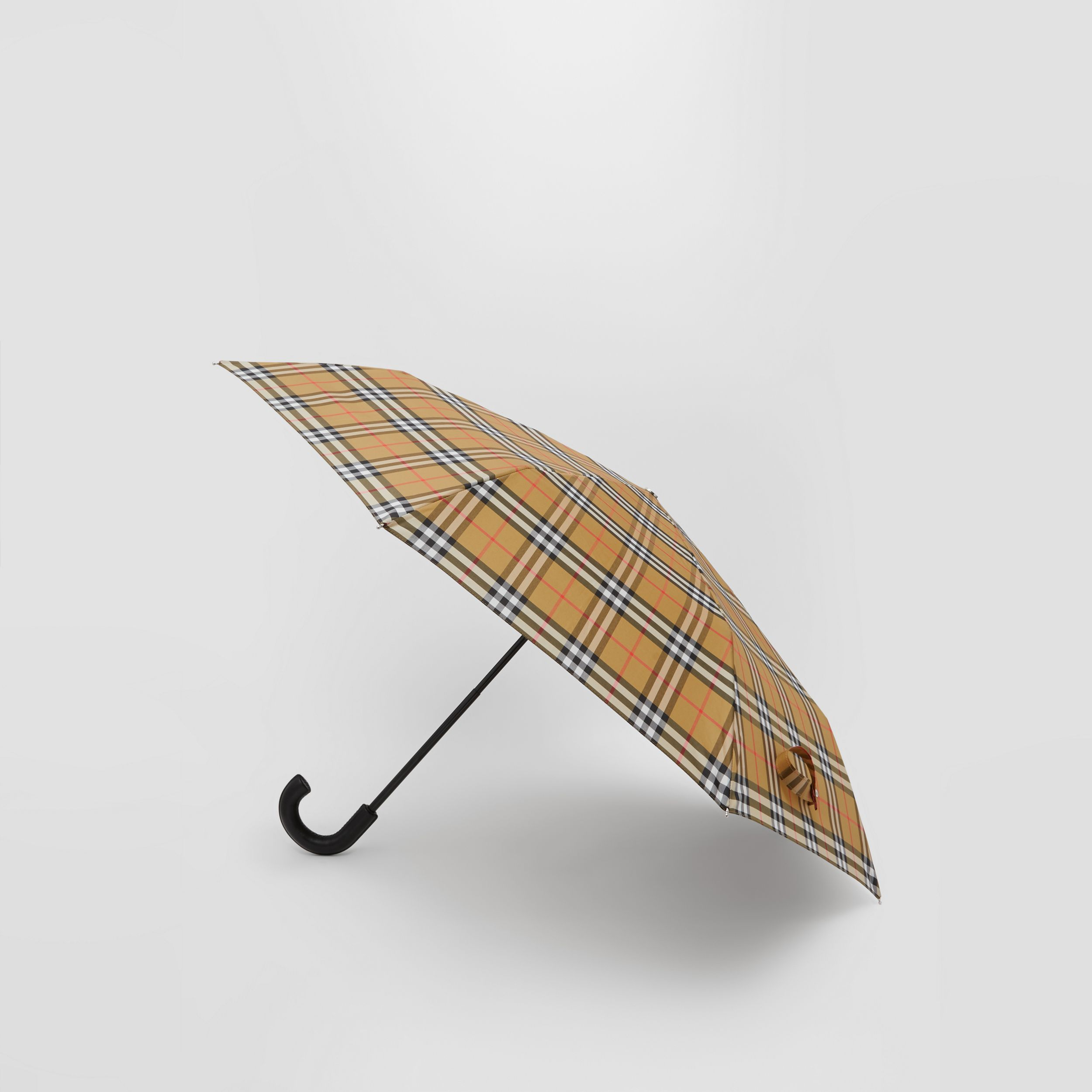 Vintage Check Folding Umbrella in Archive Beige | Burberry - 4