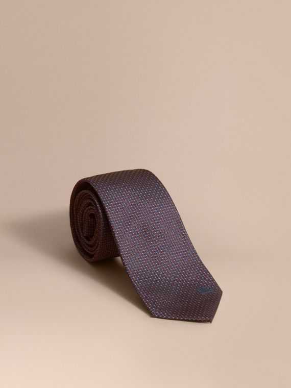 Modern Cut Patterned Silk Tie in Navy