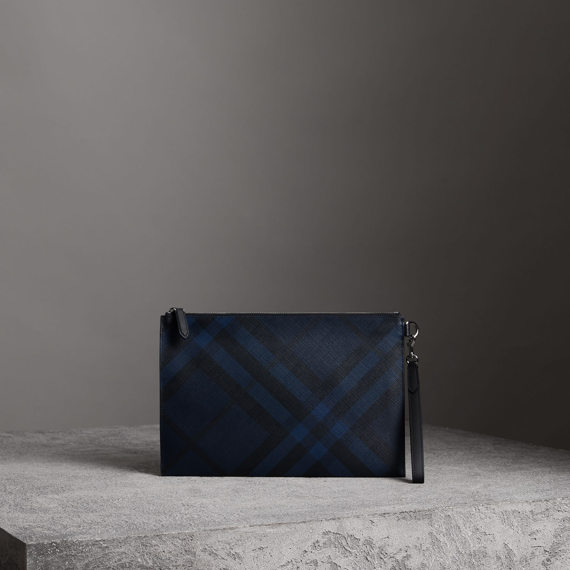 London Check Zip Pouch in Navy/black | Burberry - gallery image 0