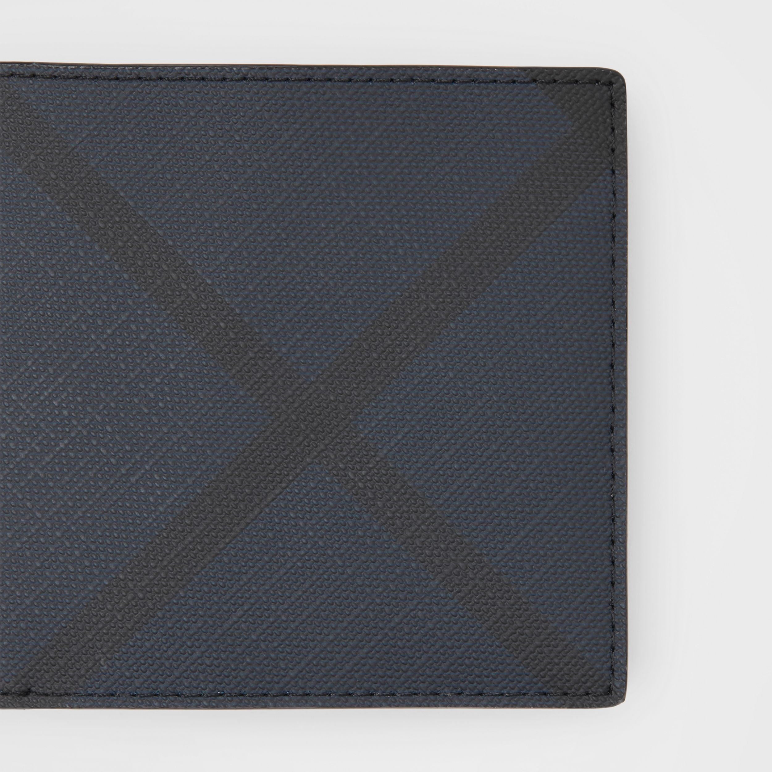 London Check and Leather International Bifold Wallet in Navy - Men | Burberry Singapore - 2