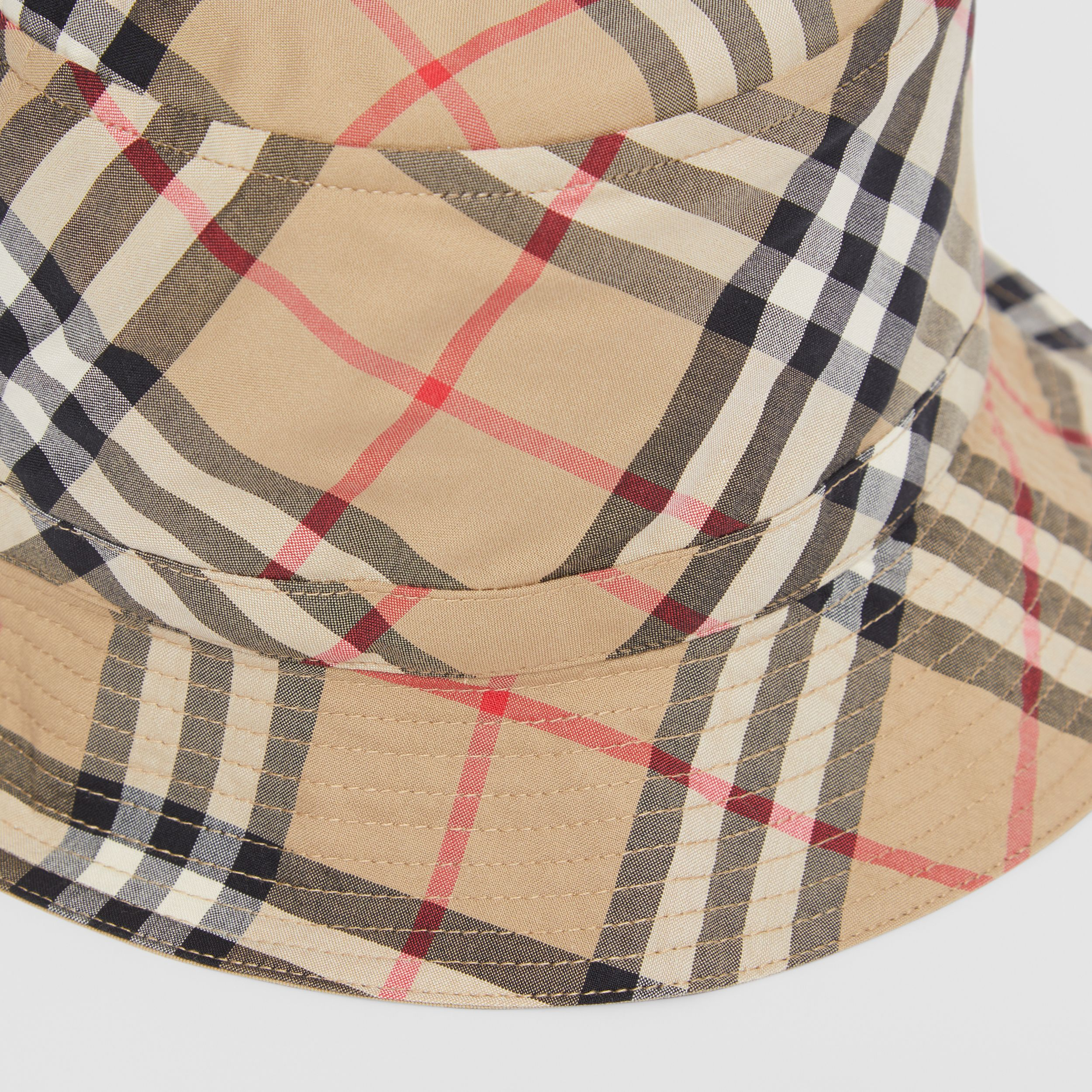 Vintage Check Cotton Bucket Hat in Archive Beige - Children | Burberry - 2