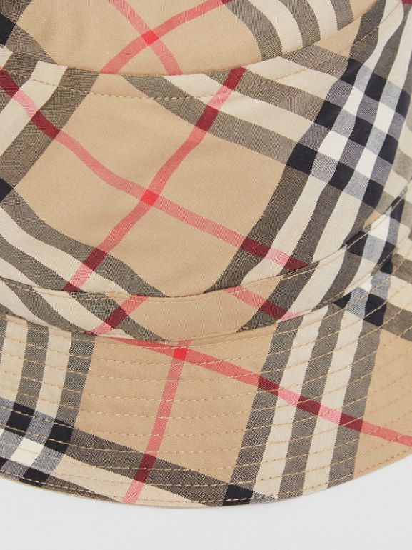 Vintage Check Cotton Bucket Hat in Archive Beige - Children | Burberry United Kingdom - cell image 1