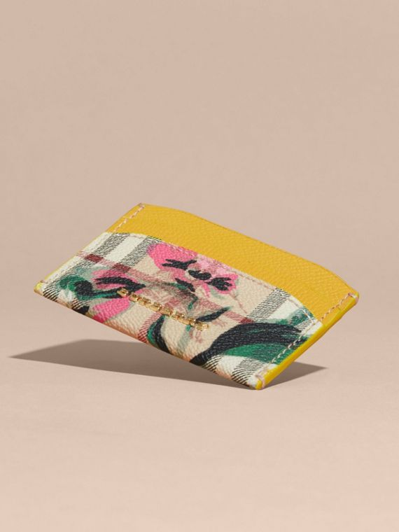 Peony Rose Print Haymarket Check and Leather Card Case in Larch Yellow/emerald Green - cell image 2