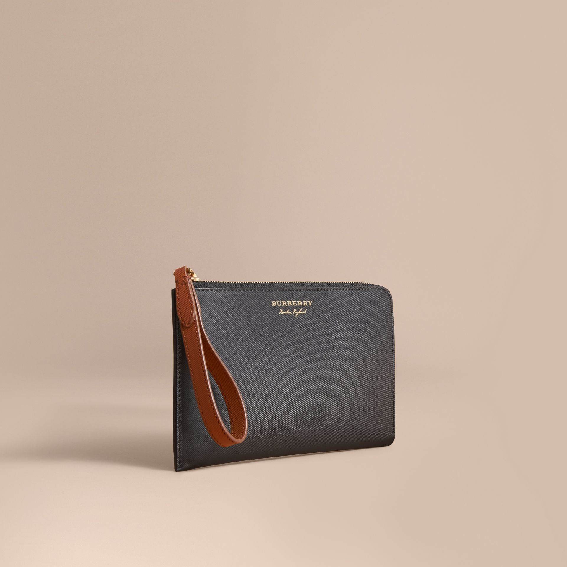 Two-tone Trench Leather Travel Wallet Black - gallery image 1