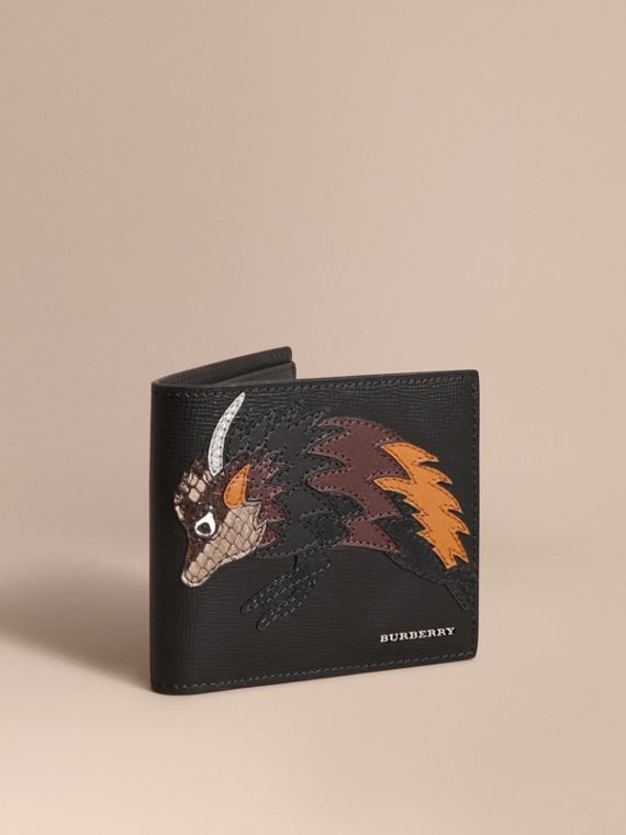 Beasts Motif Leather International Bifold Wallet - Men | Burberry Hong Kong