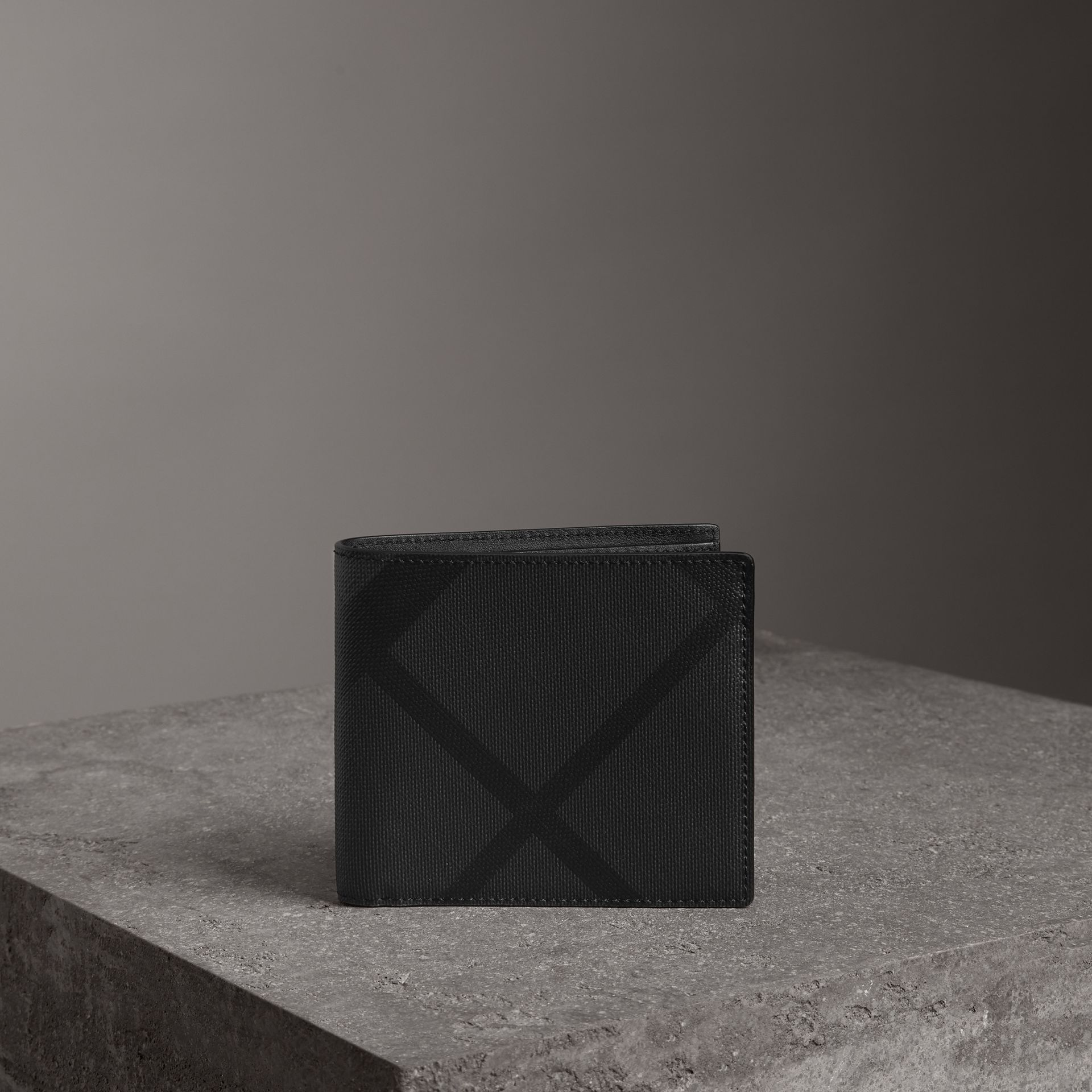 London Check International Bifold Coin Wallet in Charcoal/black - Men | Burberry Hong Kong - gallery image 0