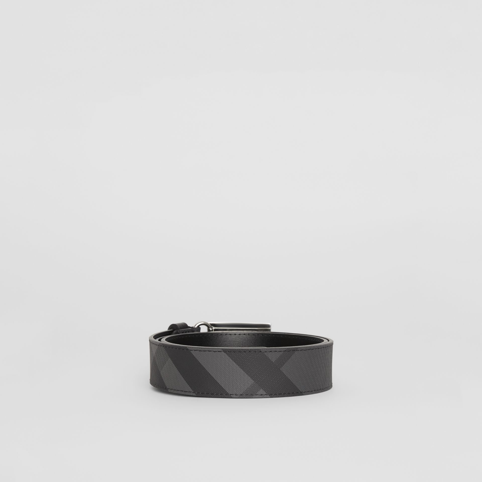 EKD Plaque Buckle London Check and Leather Belt in Charcoal/black - Men | Burberry - gallery image 4