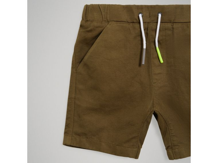 Drawcord Cotton Linen Twill Shorts in Olive - Boy | Burberry - cell image 4