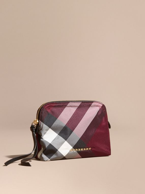 Medium Zip-top Check Technical Pouch in Plum