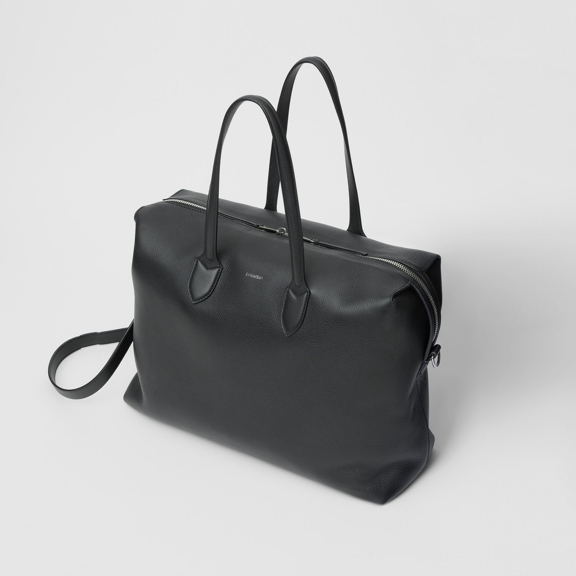 Grainy Leather Holdall in Black - Men | Burberry United Kingdom - gallery image 3