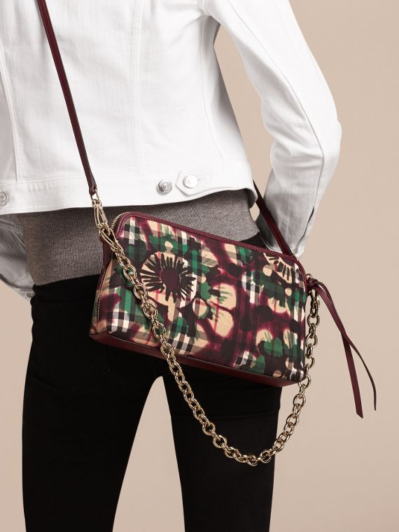 Deep claret Tie-dye Print Horseferry Check and Leather Clutch Bag Deep Claret - cell image 2