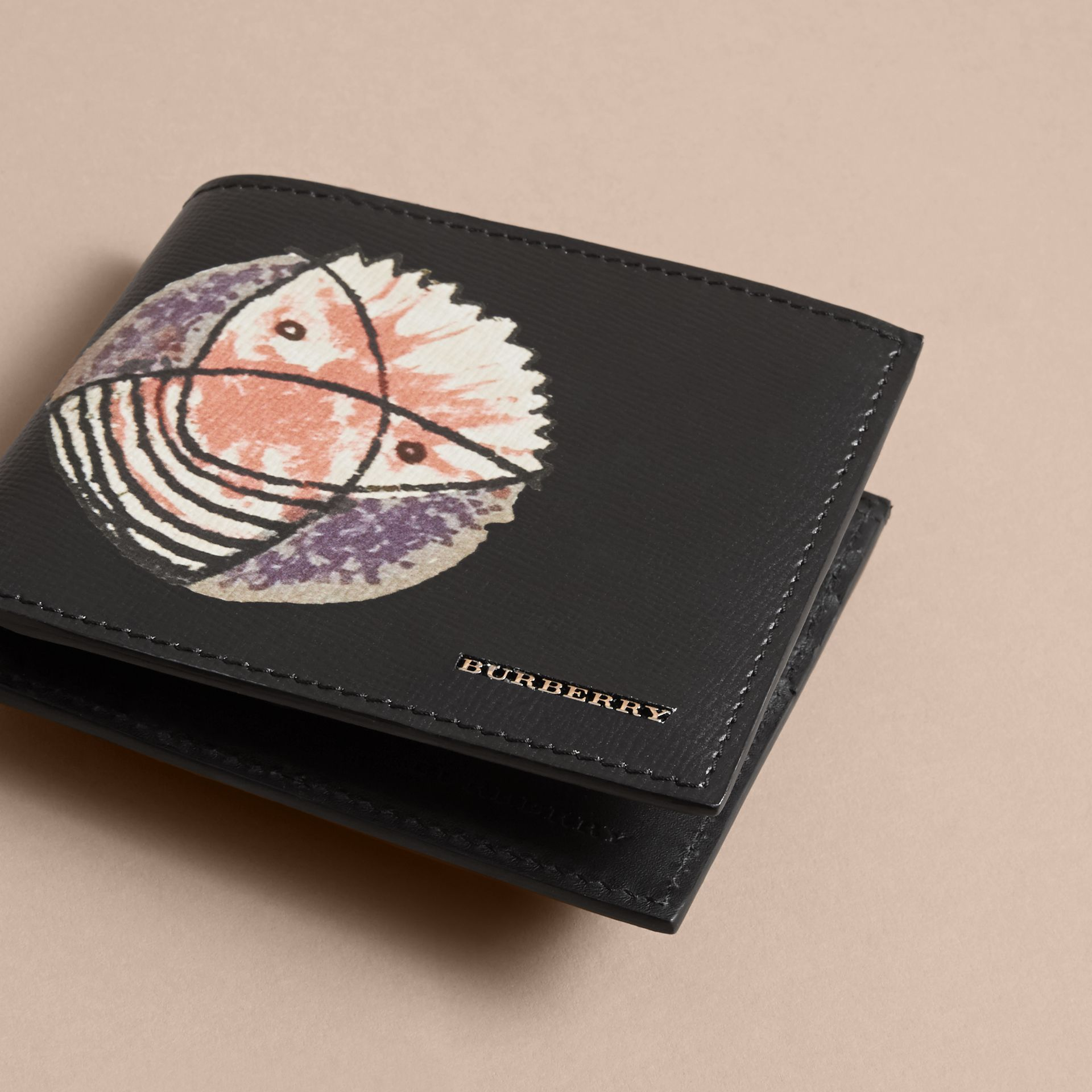 Pallas Heads Print Leather International Bifold Wallet - Men | Burberry - gallery image 3