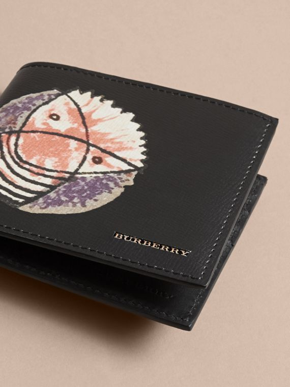 Pallas Heads Print Leather International Bifold Wallet in Black - Men | Burberry - cell image 2