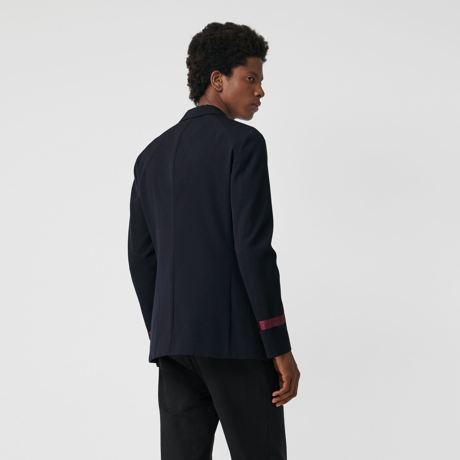 Crest Detail Wool Blend Club Blazer in Navy - Men | Burberry Singapore - gallery image 2