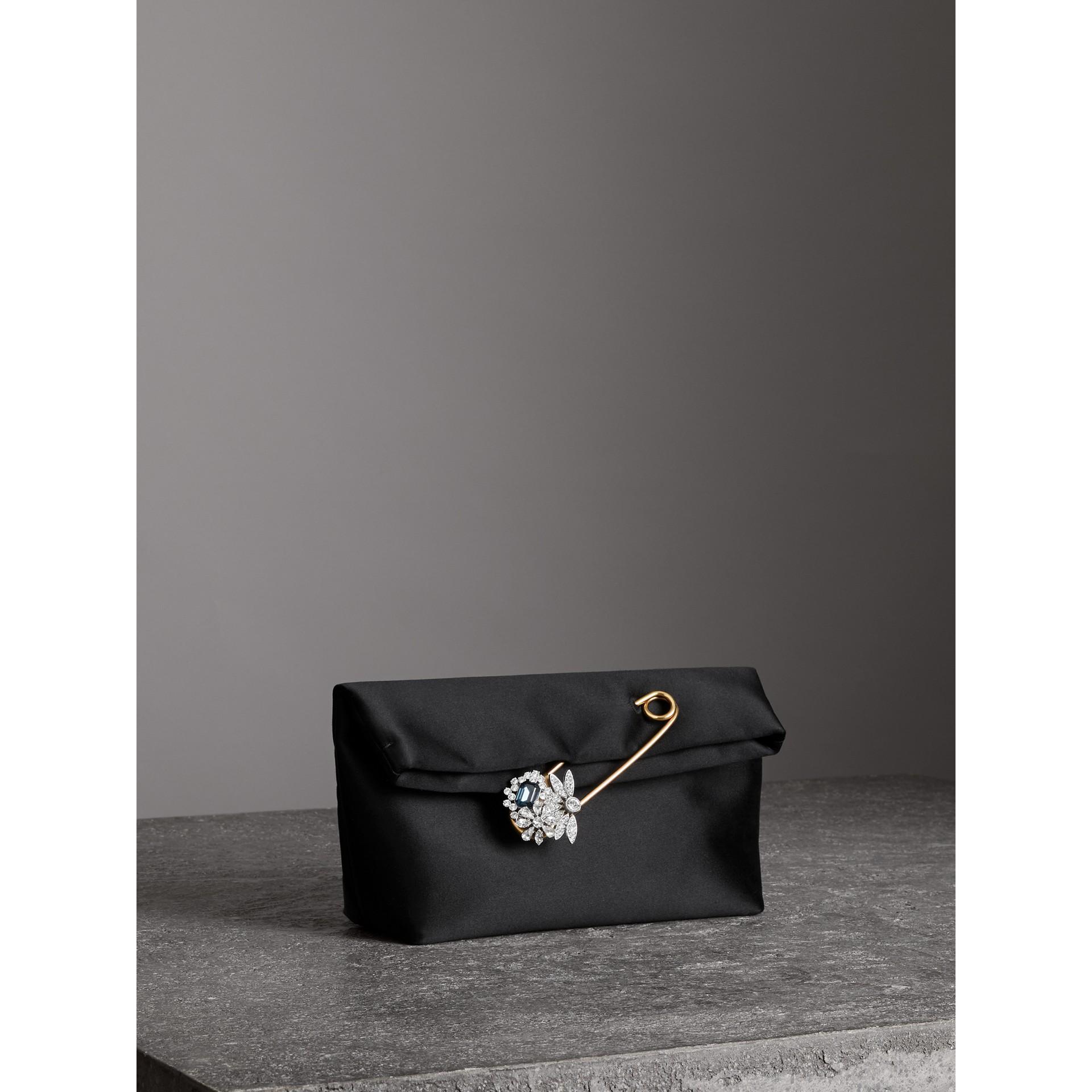 Атласная сумка Pin Clutch, компактный размер (Черный) - Для женщин | Burberry - изображение 6