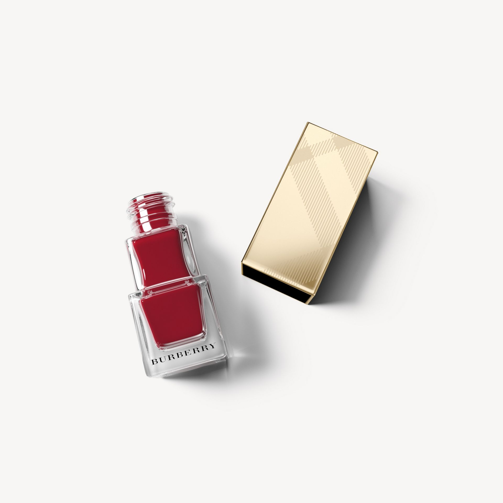 Nail Polish – Parade Red No.305 - gallery image 1