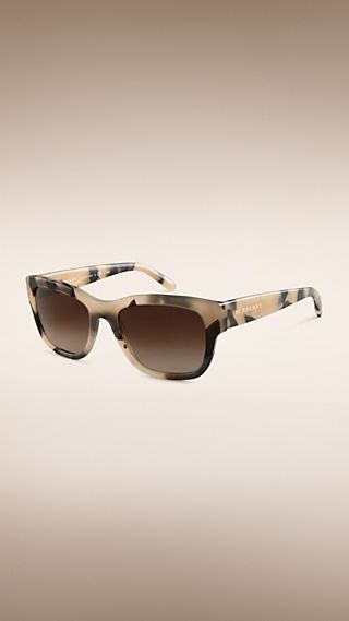 Trench Collection Square Frame Sunglasses Mid Tone Horn