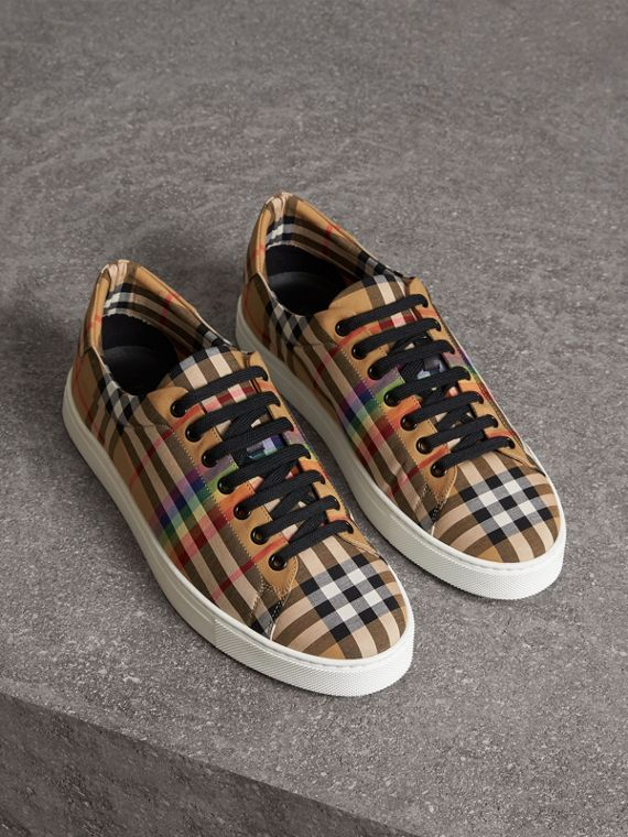 Rainbow Vintage Check Sneakers in Antique Yellow