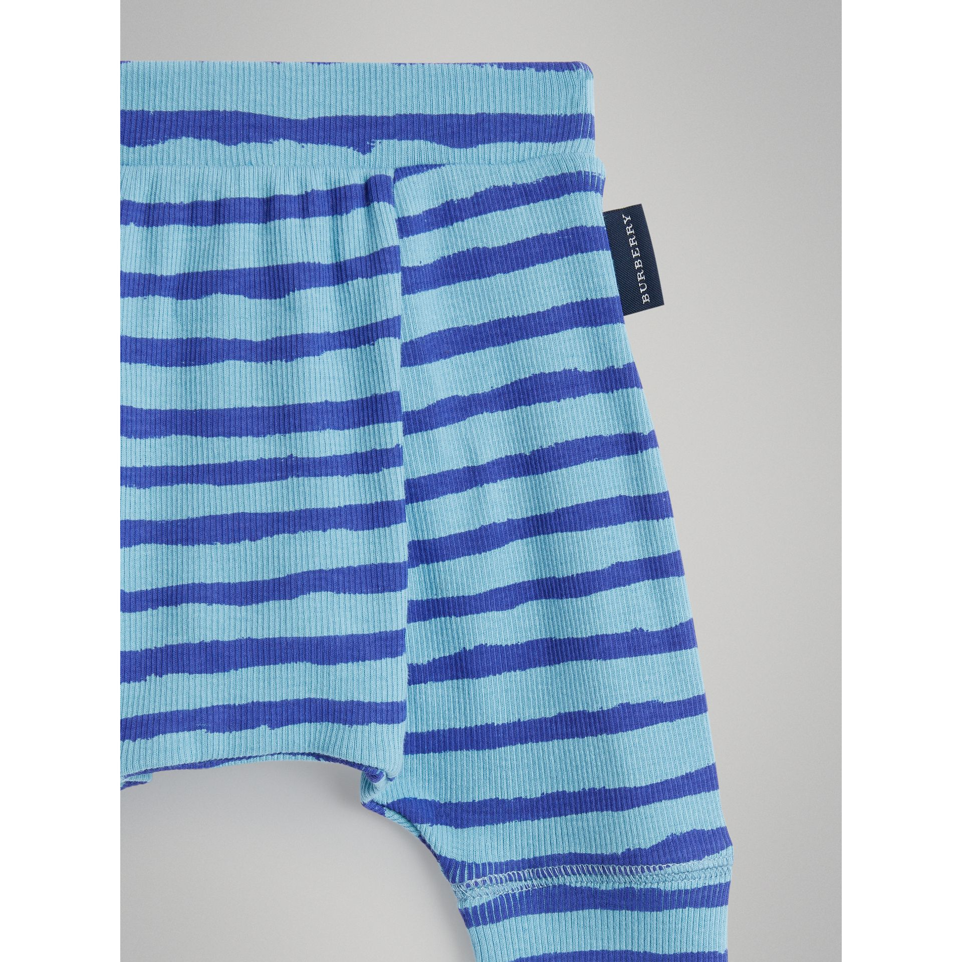 Striped Cotton Two-piece Baby Gift Set in Teal | Burberry - gallery image 6