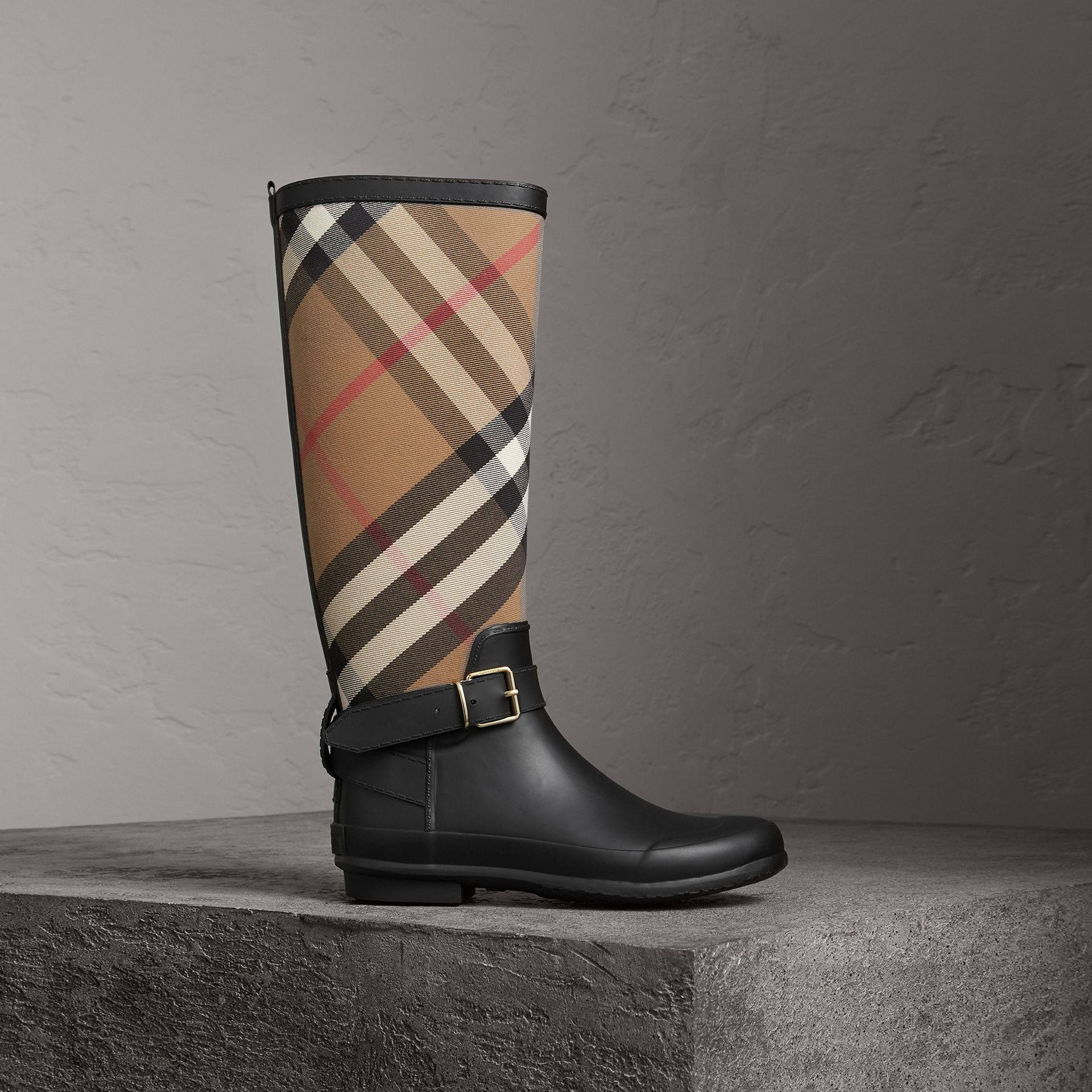 Belt Detail Check and Rubber Rain Boots in House Check/black - Women | Burberry United Kingdom - gallery image 0