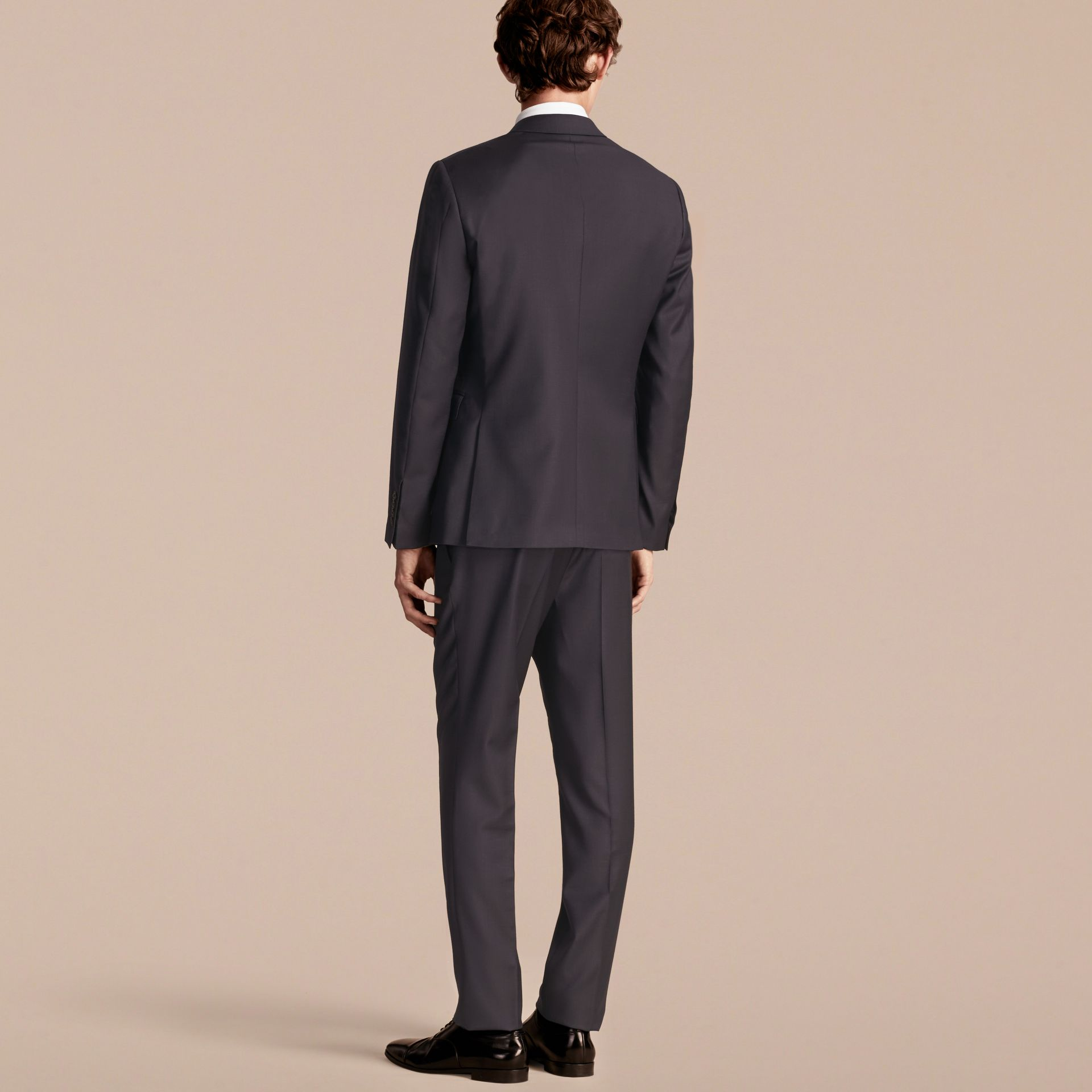 Slim Fit Travel Tailoring Wool Suit - gallery image 3
