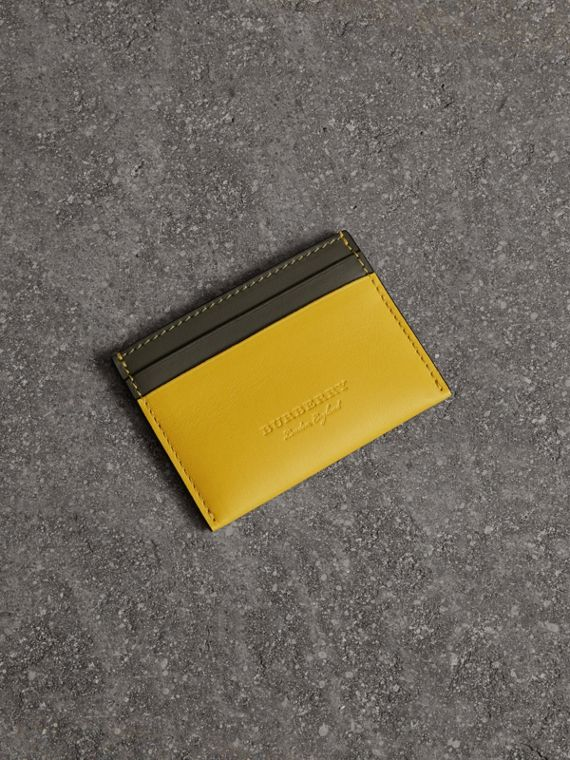 Two-tone Leather Card Case in Bright Larch Yellow