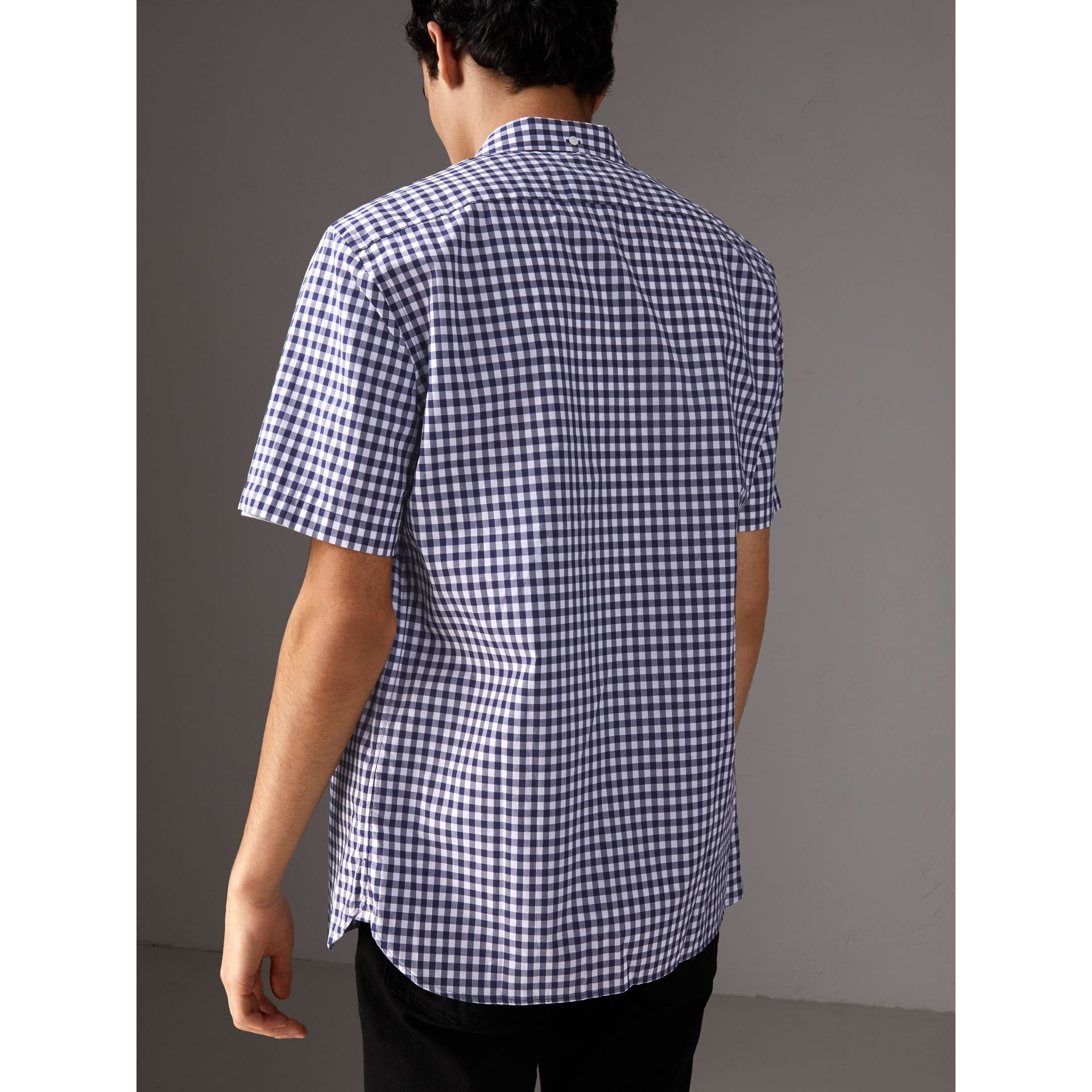 Short-sleeve Button-down Collar Cotton Gingham Shirt in Navy - Men | Burberry - gallery image 2