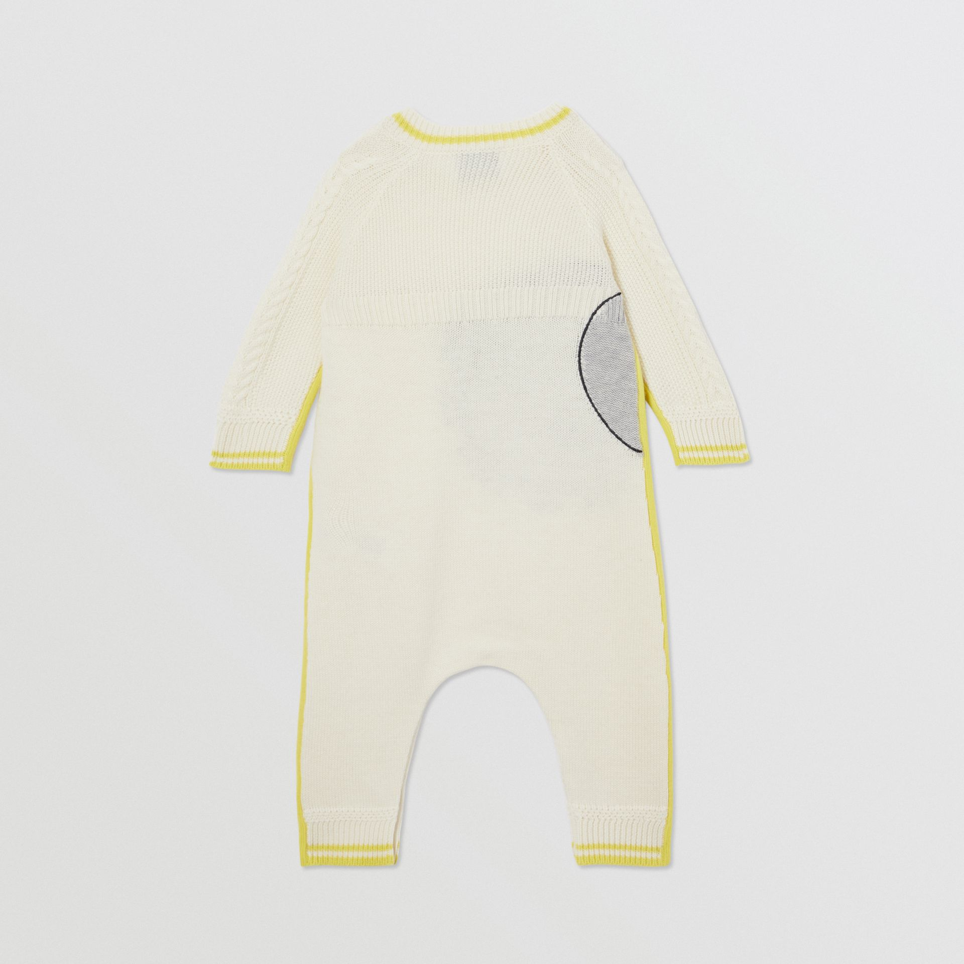 Moon Motif Wool Cashmere Two-piece Baby Gift Set in Ivory - Children | Burberry United Kingdom - gallery image 3