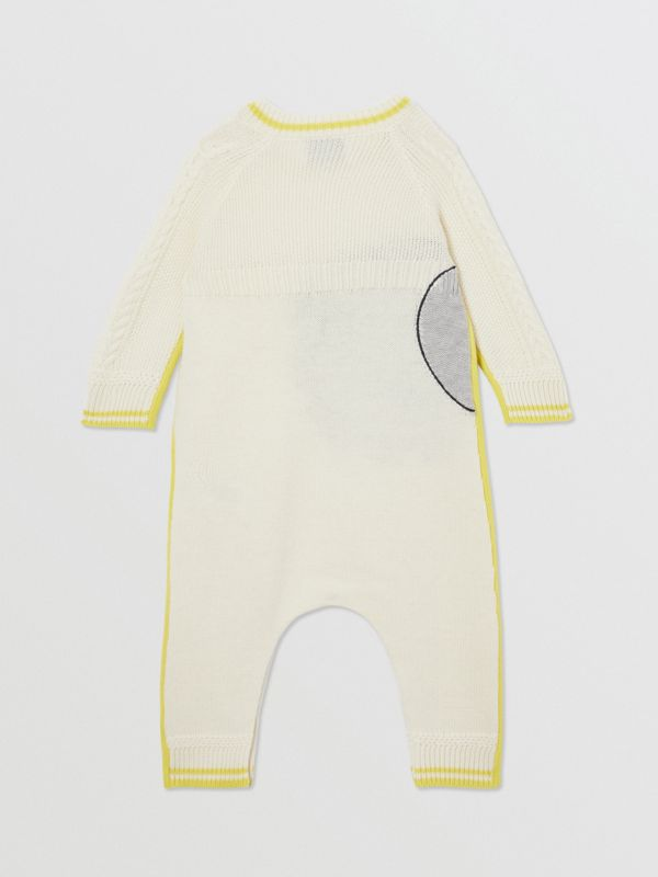 Moon Motif Wool Cashmere Two-piece Baby Gift Set in Ivory - Children | Burberry United Kingdom - cell image 3