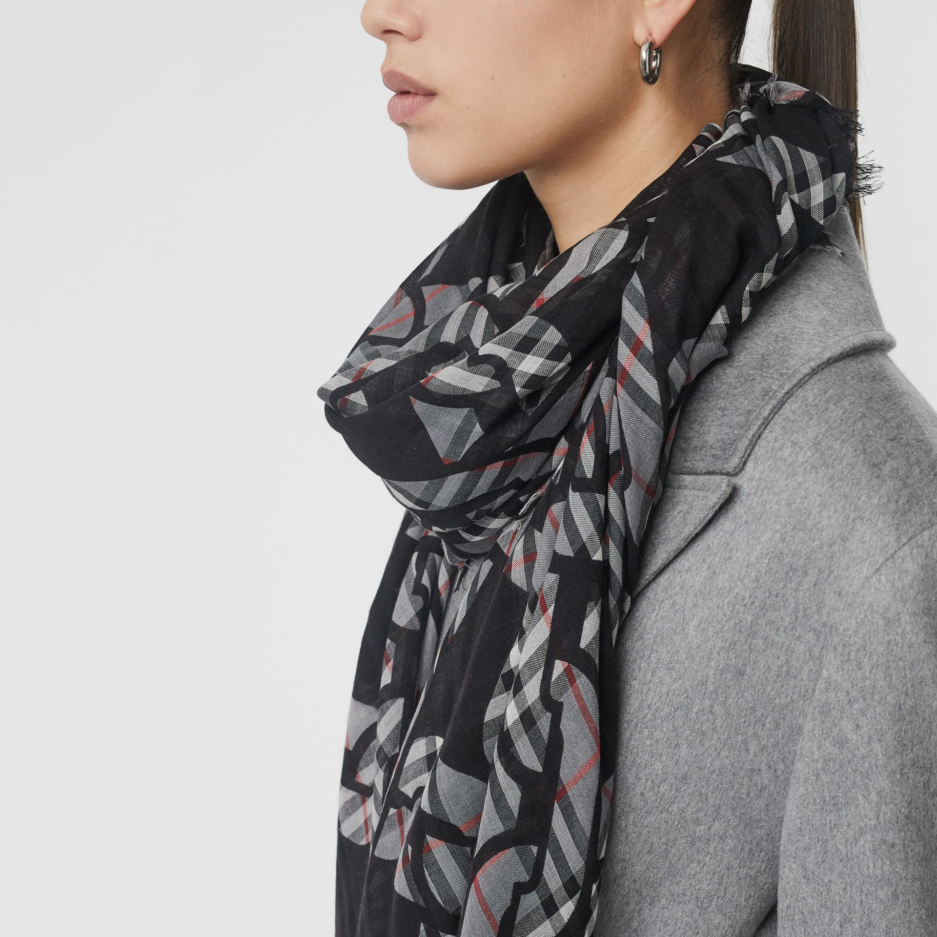 Link Print Vintage Check Large Square Scarf in Charcoal | Burberry - gallery image 5