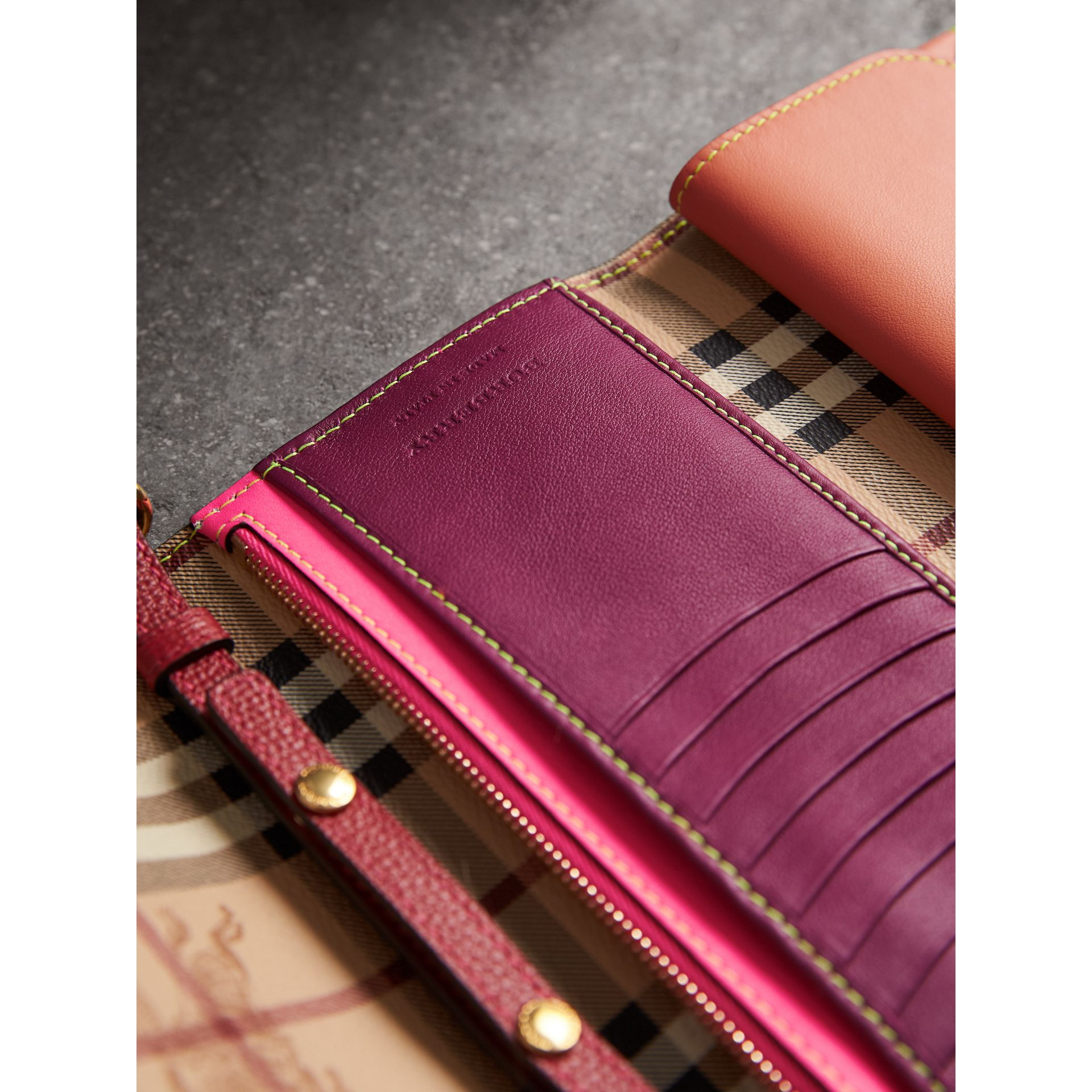 Topstitch Detail Leather Wallet with Detachable Strap in Parade Red/multicolour - Women | Burberry Singapore - gallery image 4