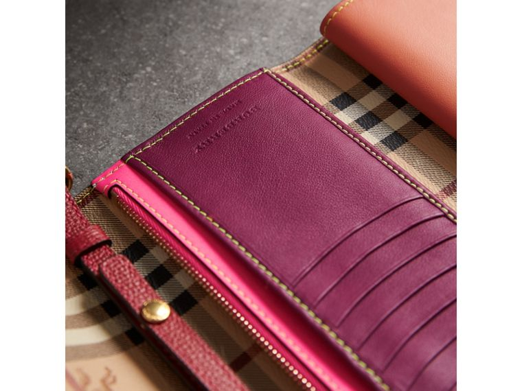 Topstitch Detail Leather Wallet with Detachable Strap in Parade Red/multicolour - Women | Burberry - cell image 4