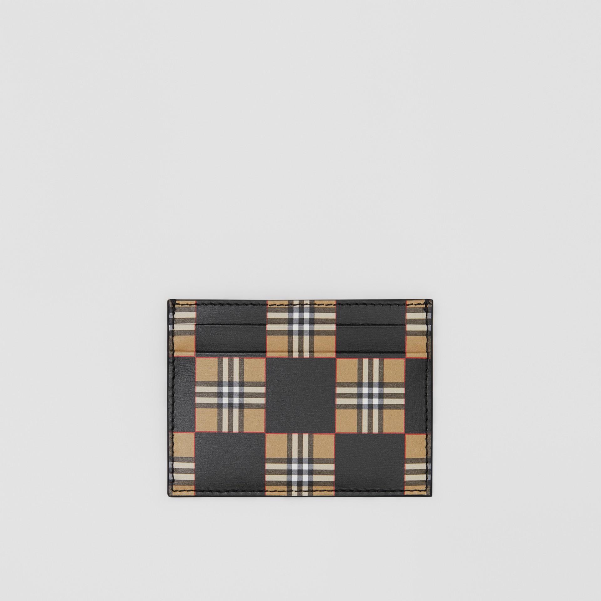 チェッカープリント レザー カードケース (アーカイブベージュ/ブラック) | バーバリー - ギャラリーイメージ 0