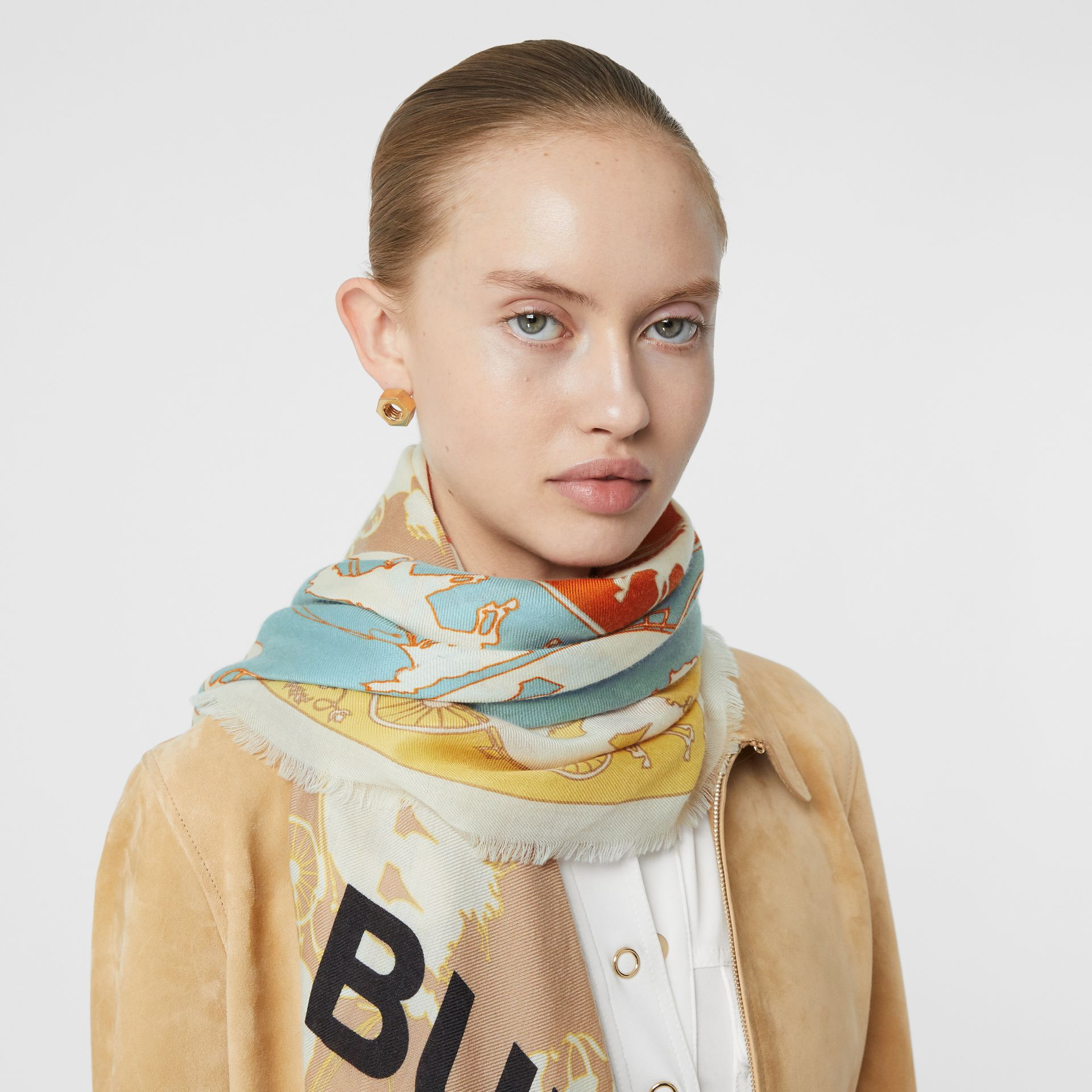 Archive Scarf Print Cashmere Large Square Scarf in Multicolour | Burberry - gallery image 2