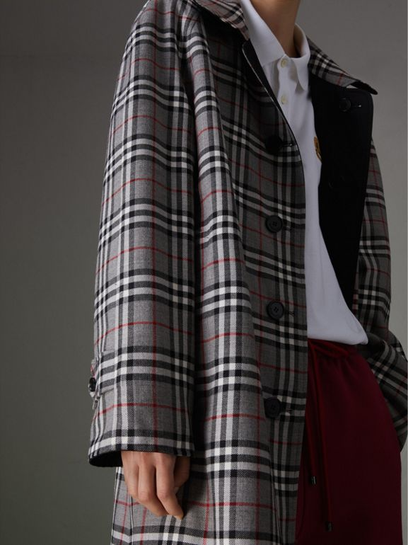 Reissued Reversible Car Coat in Black - Women | Burberry Hong Kong - cell image 1