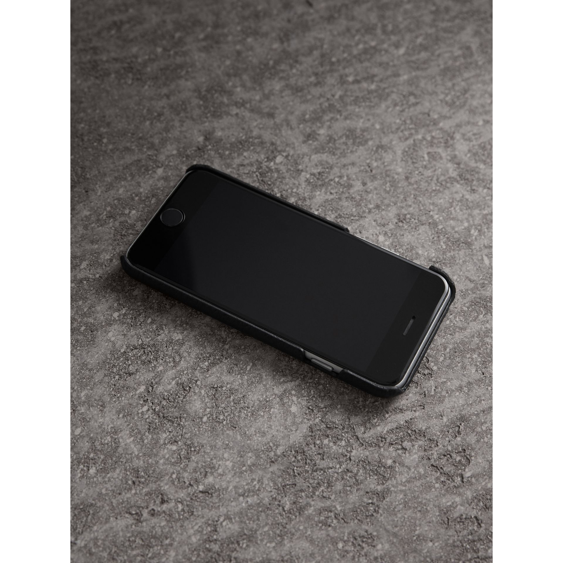 London Leather iPhone 7 Case in Black - Women | Burberry - gallery image 3