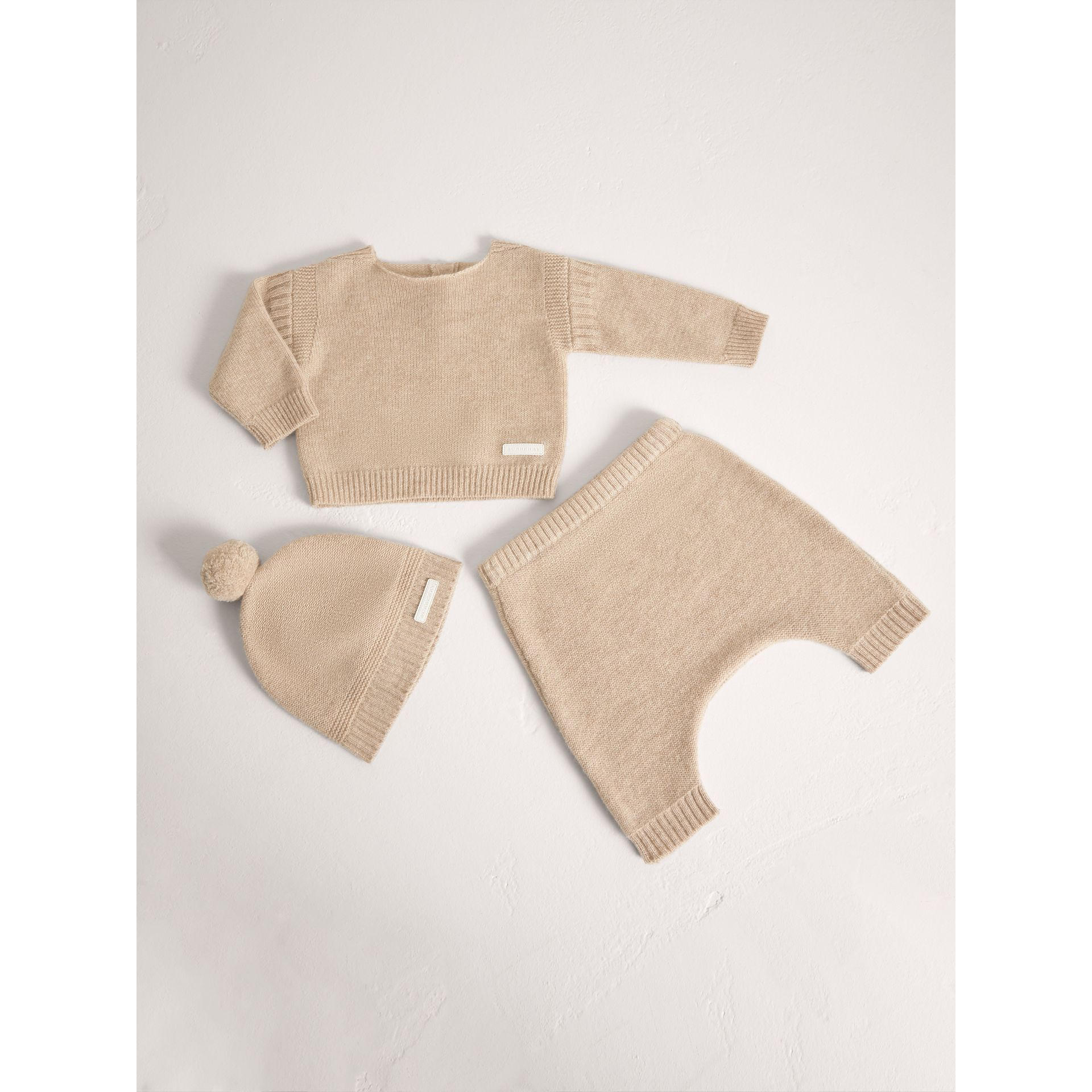 Cashmere Three-piece Baby Gift Set in Oatmeal Melange | Burberry - gallery image 0