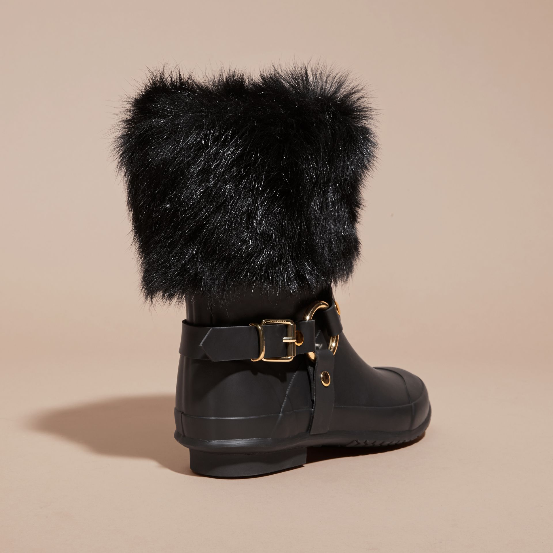 Black Belt Detail Shearling and Rubber Rain Boots - gallery image 4