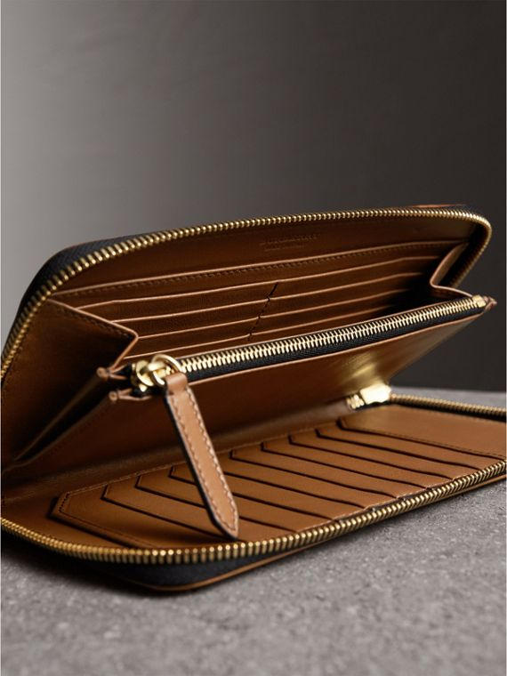 Horseferry Check Ziparound Wallet in Tan - Men | Burberry Singapore - cell image 3