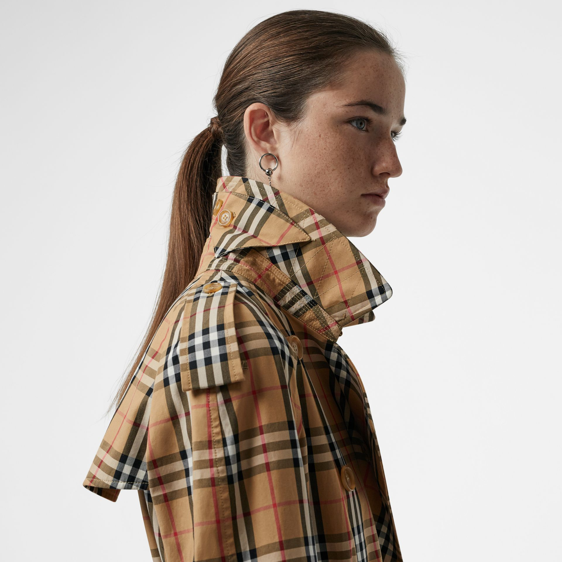 Vintage Check Cotton Trench Coat in Antique Yellow - Women | Burberry Singapore - gallery image 4