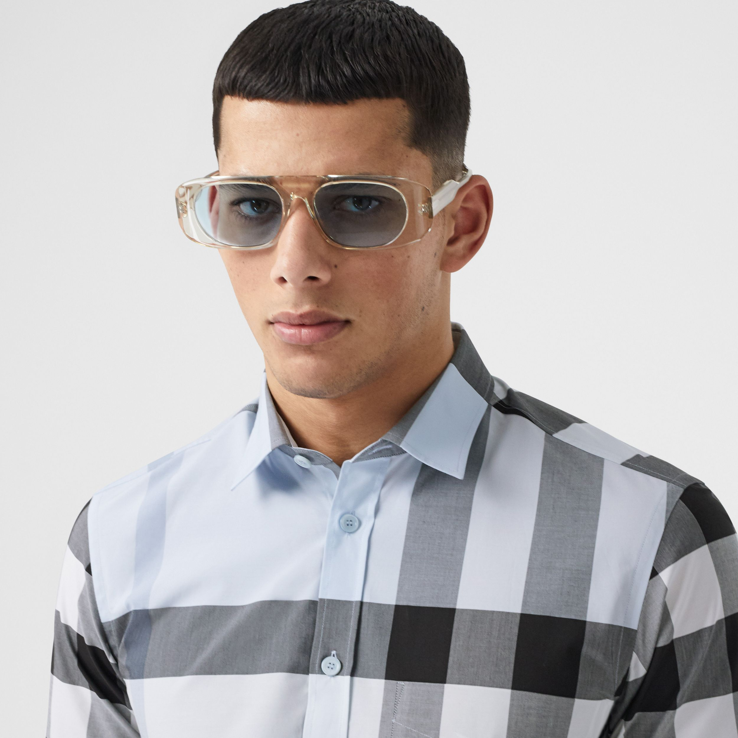 Short-sleeve Check Stretch Cotton Poplin Shirt in Chalk Blue - Men | Burberry - 2