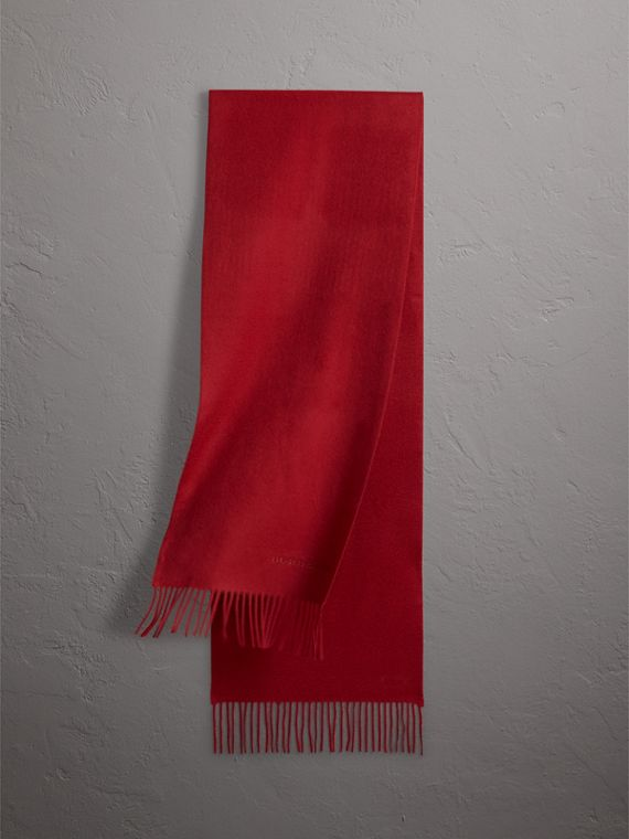 The Classic Cashmere Scarf in Parade Red