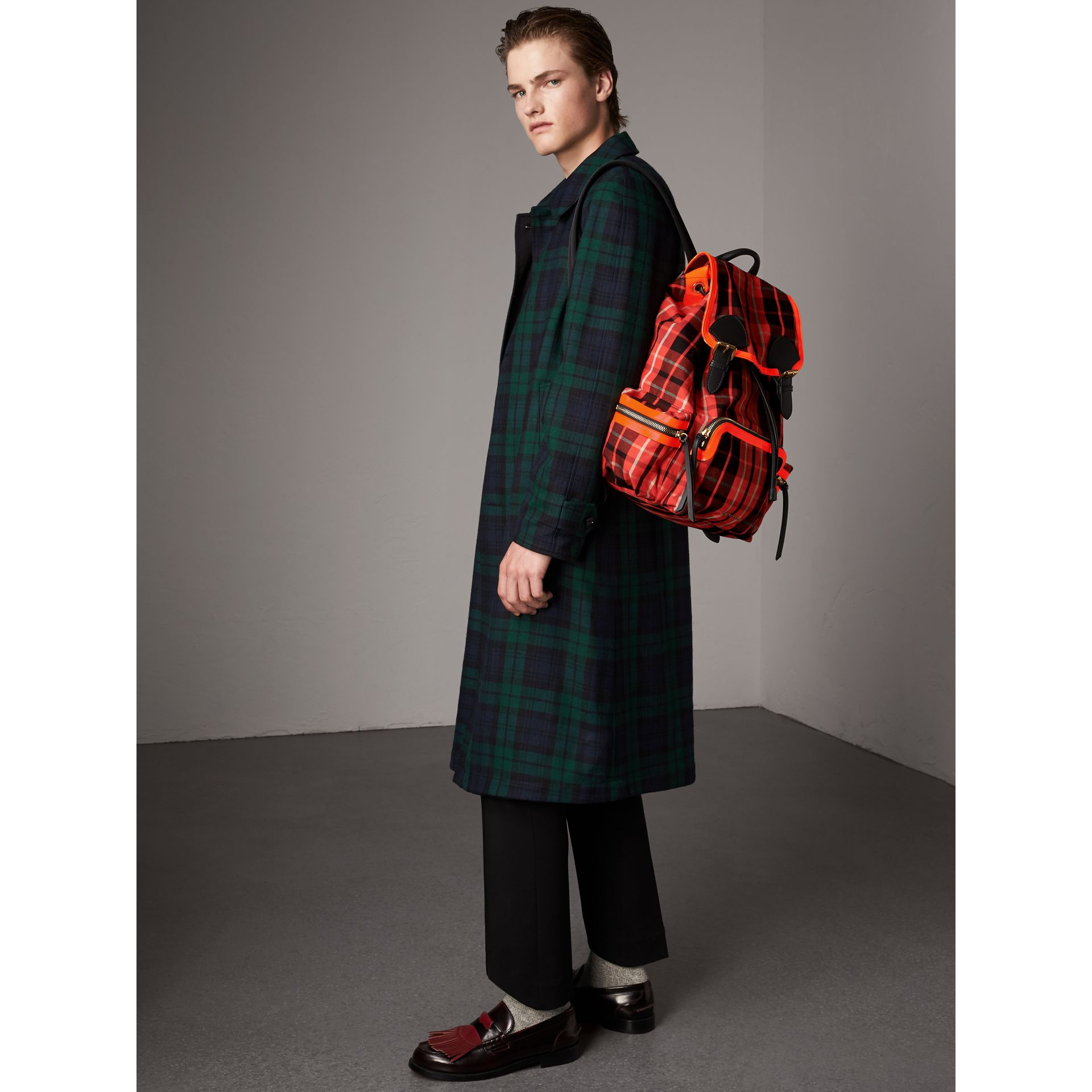 The Large Rucksack in Tartan Check Cotton in Vibrant Red | Burberry Canada - gallery image 2