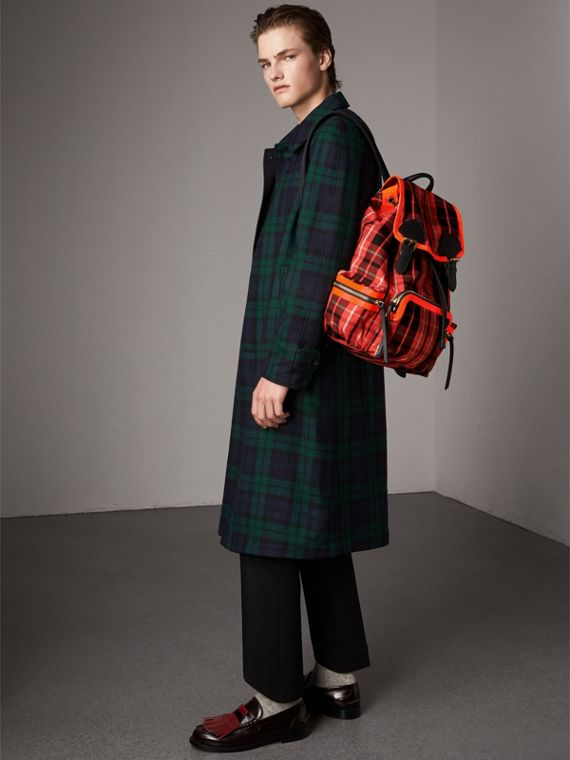 The Large Rucksack in Tartan Check Cotton in Vibrant Red | Burberry Hong Kong - cell image 2