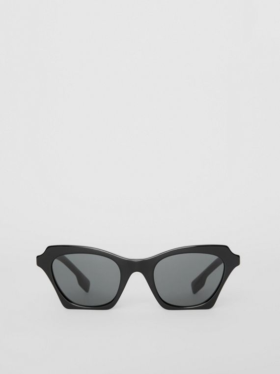 cb95f0eabee Butterfly Frame Sunglasses in Black