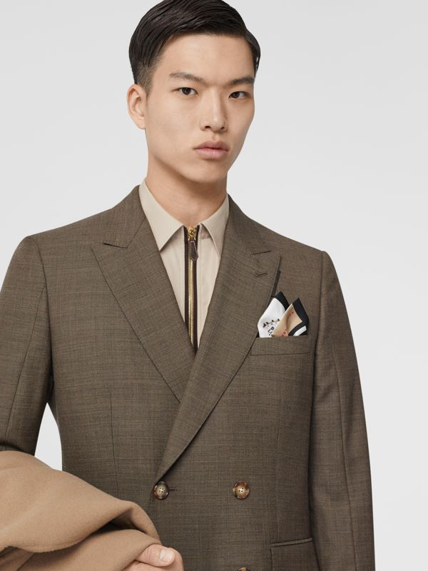 Bottle Cap and Icon Stripe Print Silk Skinny Scarf in White   Burberry United States - cell image 3