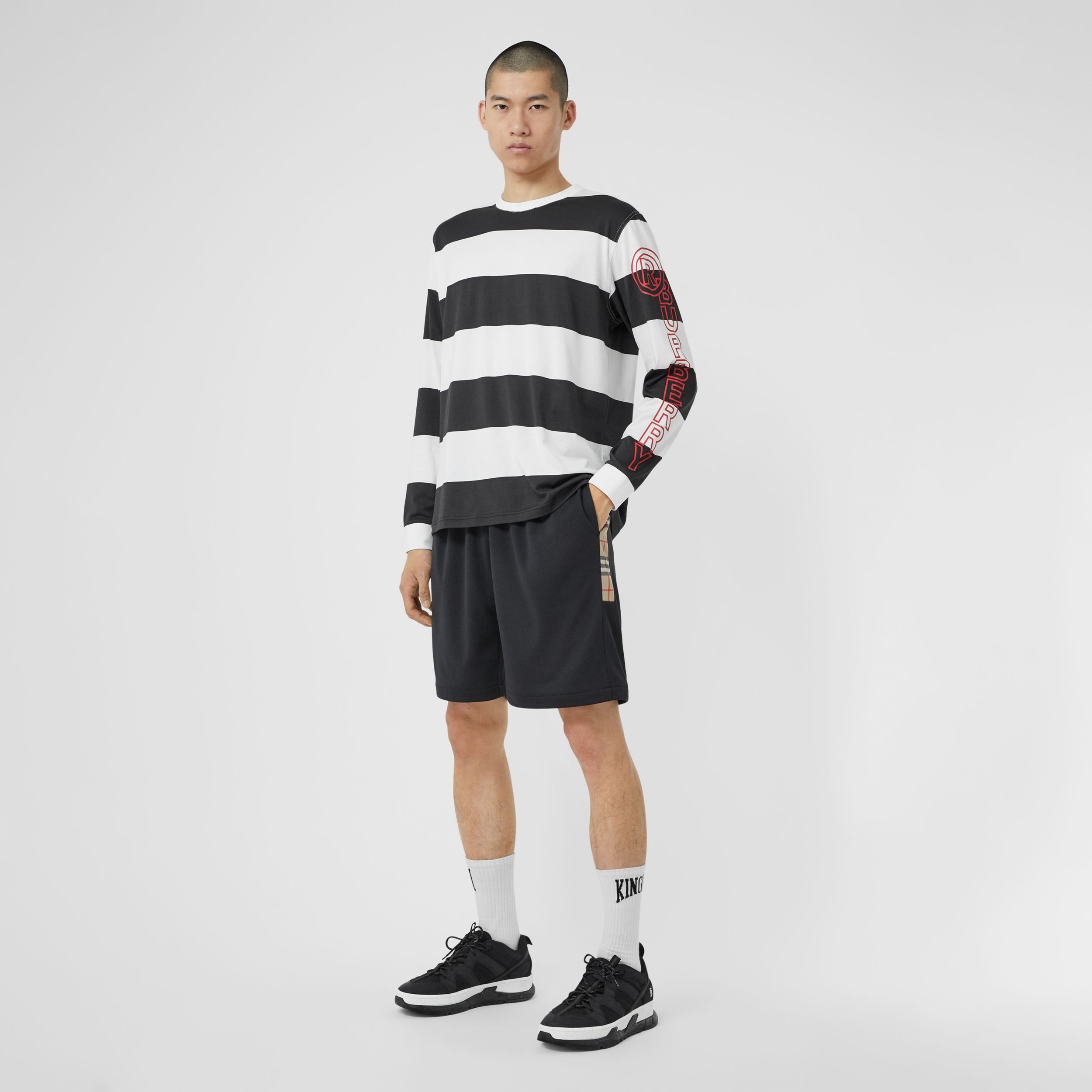 Vintage Check Trim Technical Twill Shorts in Black - Men | Burberry Singapore - 1
