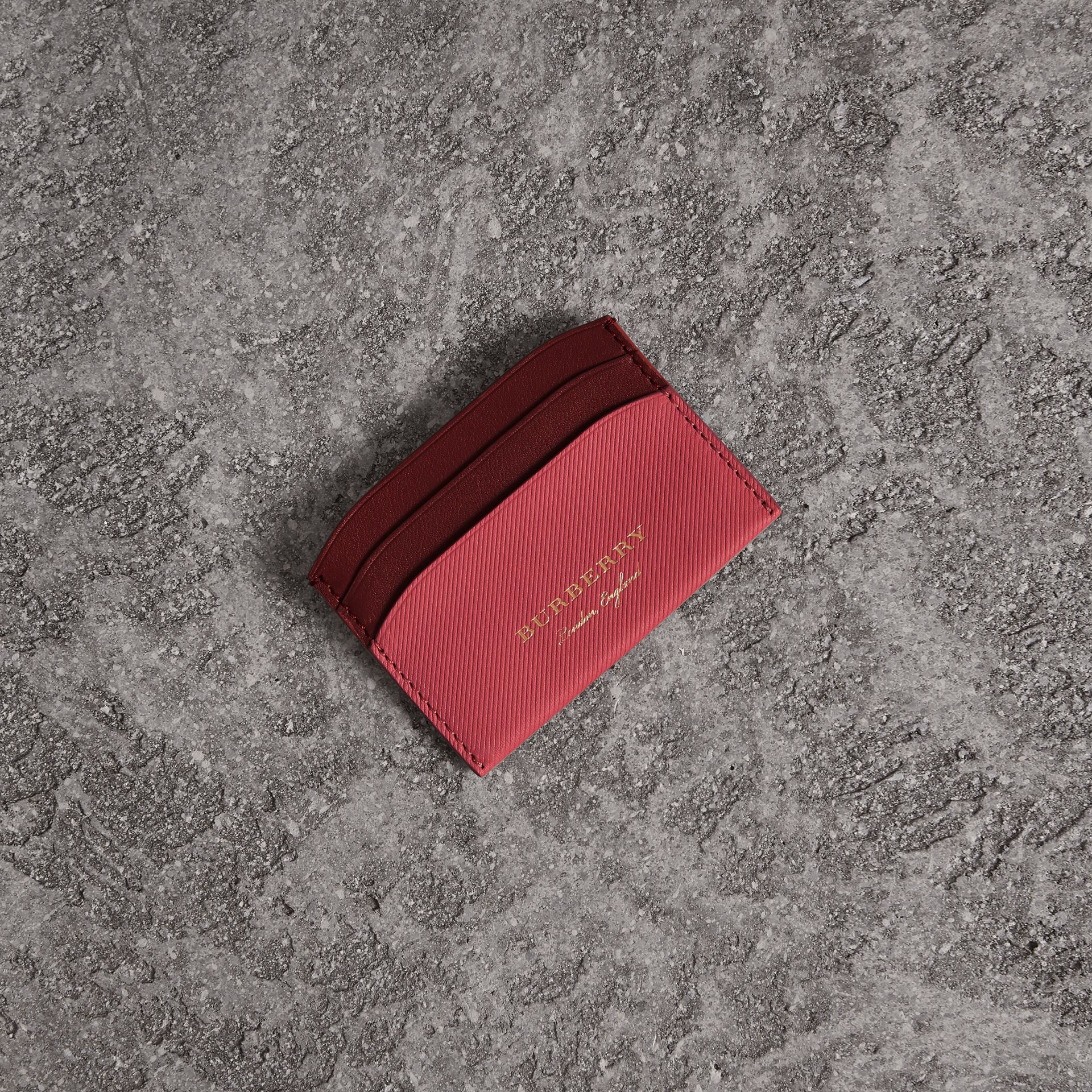 Two-tone Trench Leather Card Case in Blossom Pink/ Antique Red | Burberry - gallery image 0