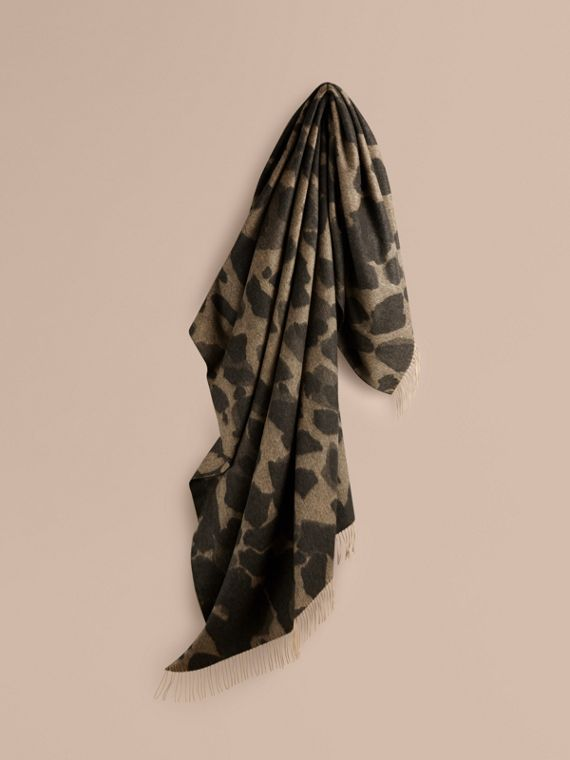 Animal Jacquard Cashmere Blanket